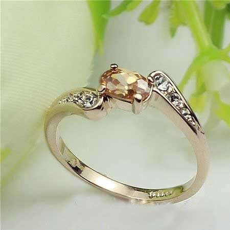 Elegant Gold Ring